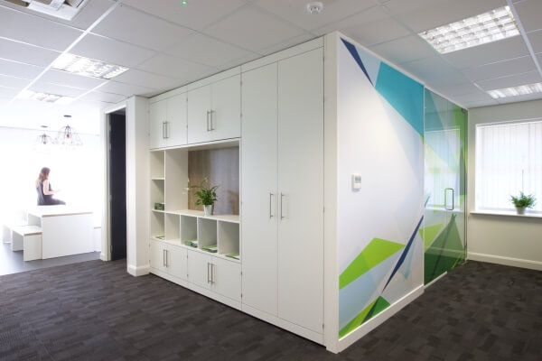 Room divider display with applied graphics